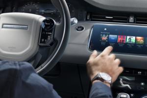 Screenshot_2019-08-09 Nový Range Rover Evoque 10